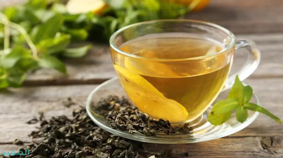 الشاي الاخضر يفتح البشره